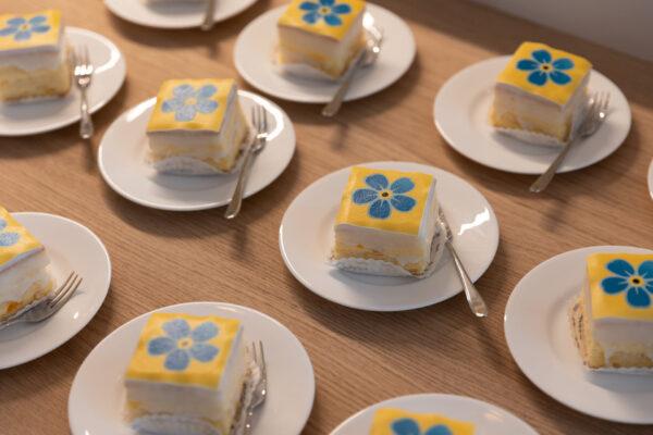 Sfeer-binnen-Kerkdriel-2021-opening-cake